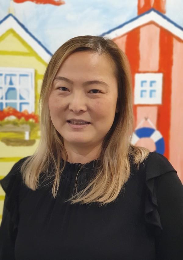 Dr Charlotte Ho