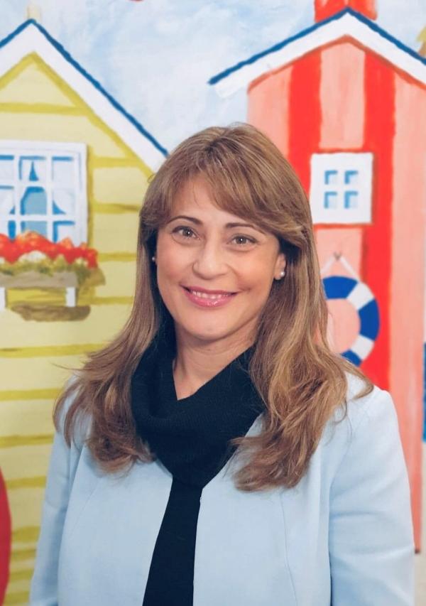 Dr Betty Messazos